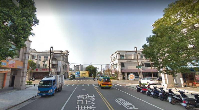 苗栗縣頭份市東民路、東民六街路口是易肇事路段(口)第6名,下個月設置號誌改善。圖/苗栗縣政府提供