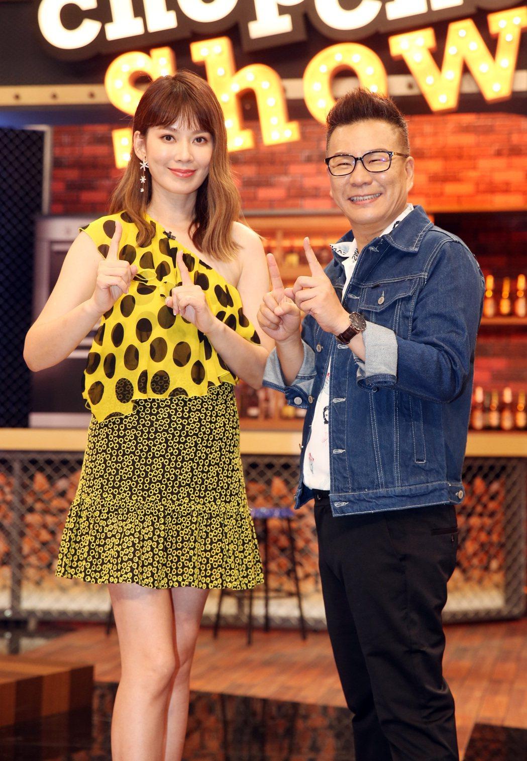 一個英文很破,一個中文不行,沈玉琳、Melody搭檔TVBS新節目「11點熱吵店...