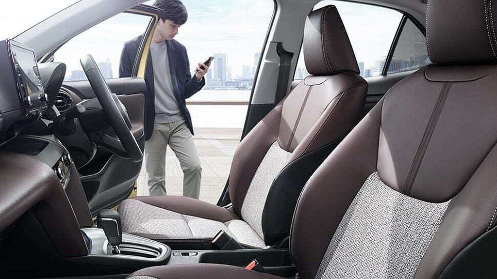 Toyota Yaris Cross Z車型配置18吋輪框、LED大燈、皮革/絨...