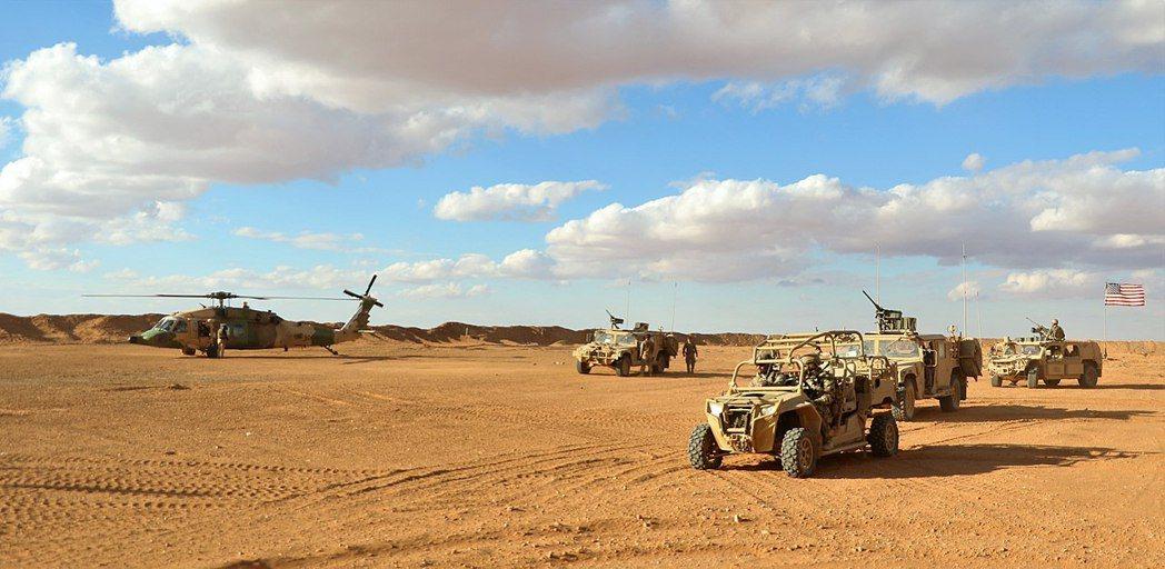 美方表示,馬漢航空的客機當時略偏航道,不斷朝「美軍駐敘利亞南境的『坦夫特戰基地』...