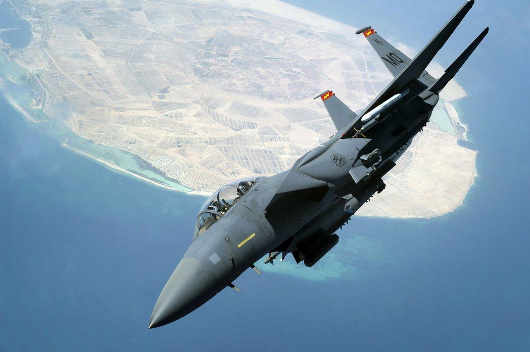 各種猜忌與緊張的戰雲對抗中,讓這起空中摩擦格外引緊張。圖為F-15示意圖。 圖/...