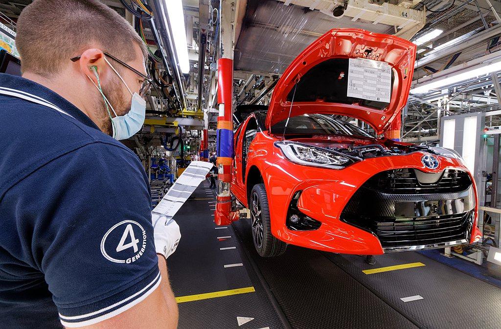 新冠肺炎(COVID-19)打亂歐洲汽車製造生產排程,各車廠重新調整銷售模式後陸...