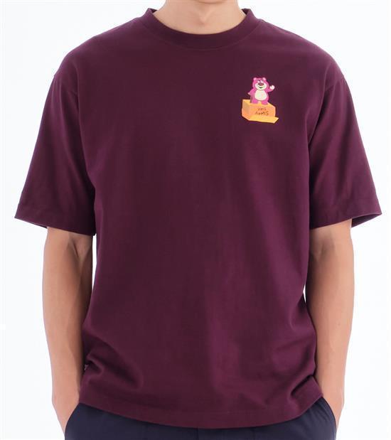 plain-me玩具總動員熊抱哥T恤,會員價1,480元。圖/plain-me提...