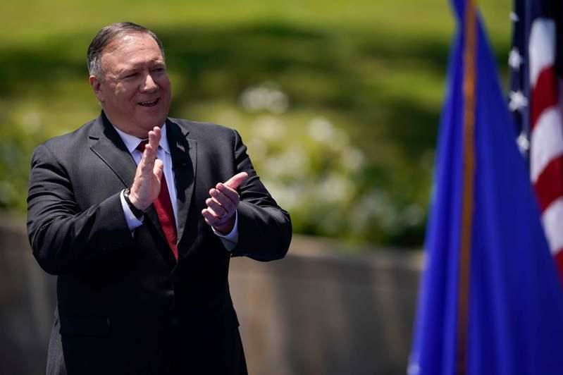 美國國務卿龐培歐廿三日在尼克森圖書館發表演說,呼籲自由世界和中國大陸民眾對抗中共。(法新社)