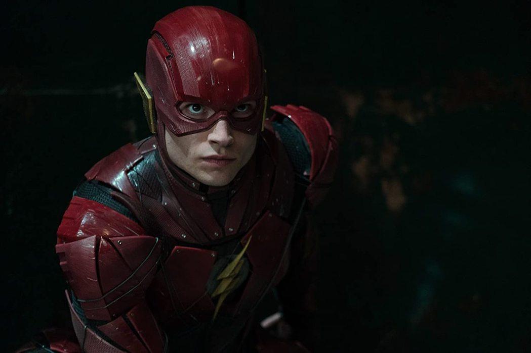 伊薩米勒被唱衰恐將丟掉「閃電俠」男主角。圖/摘自imdb