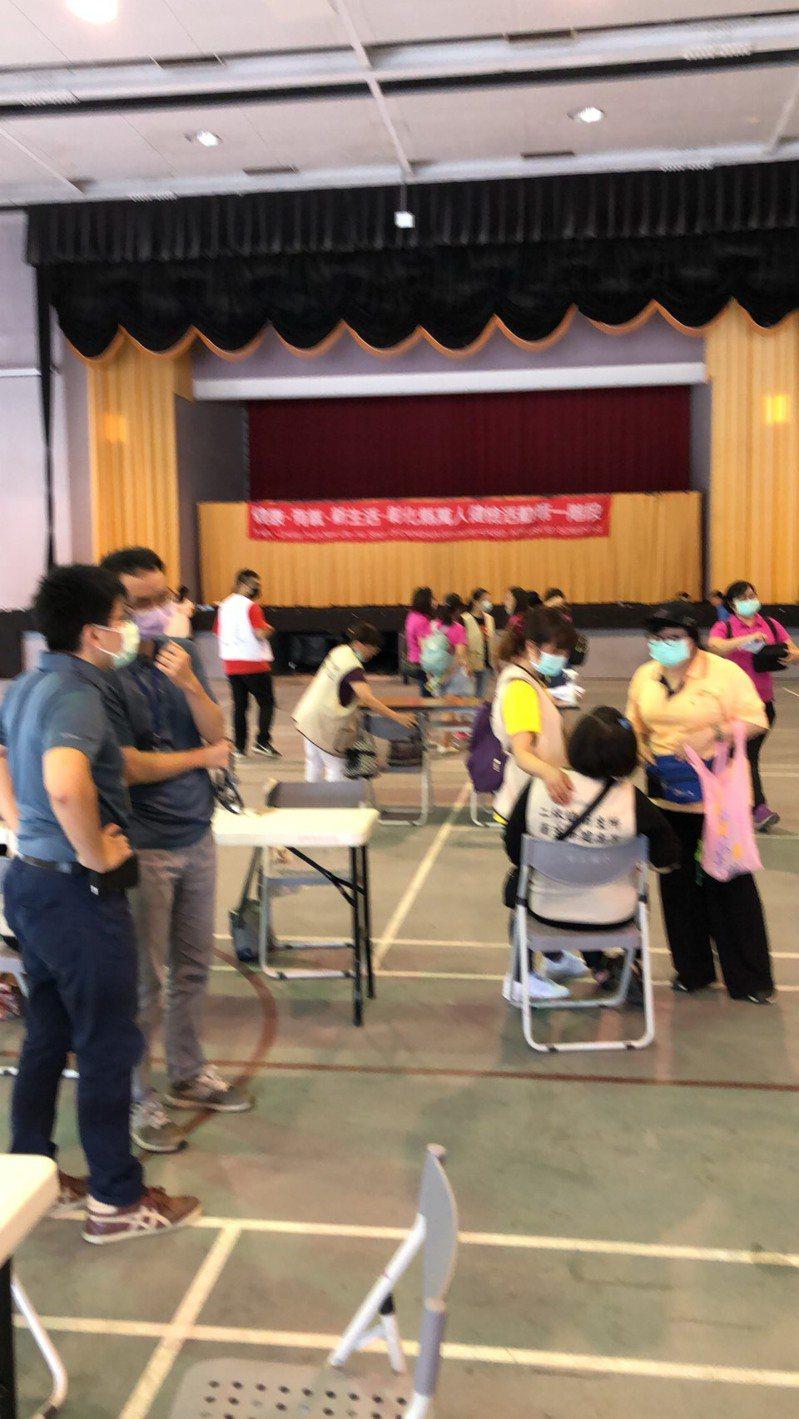 彰化縣衛生局今天在二林鎮舉辦萬人健檢。圖/衛生局提供