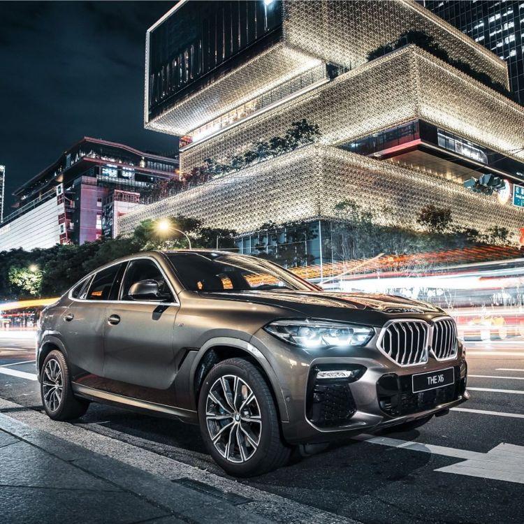 台北君悅滿千抽獎活動,首獎為BMW X6 40i 免費開一年。圖/台北君悅酒店提...