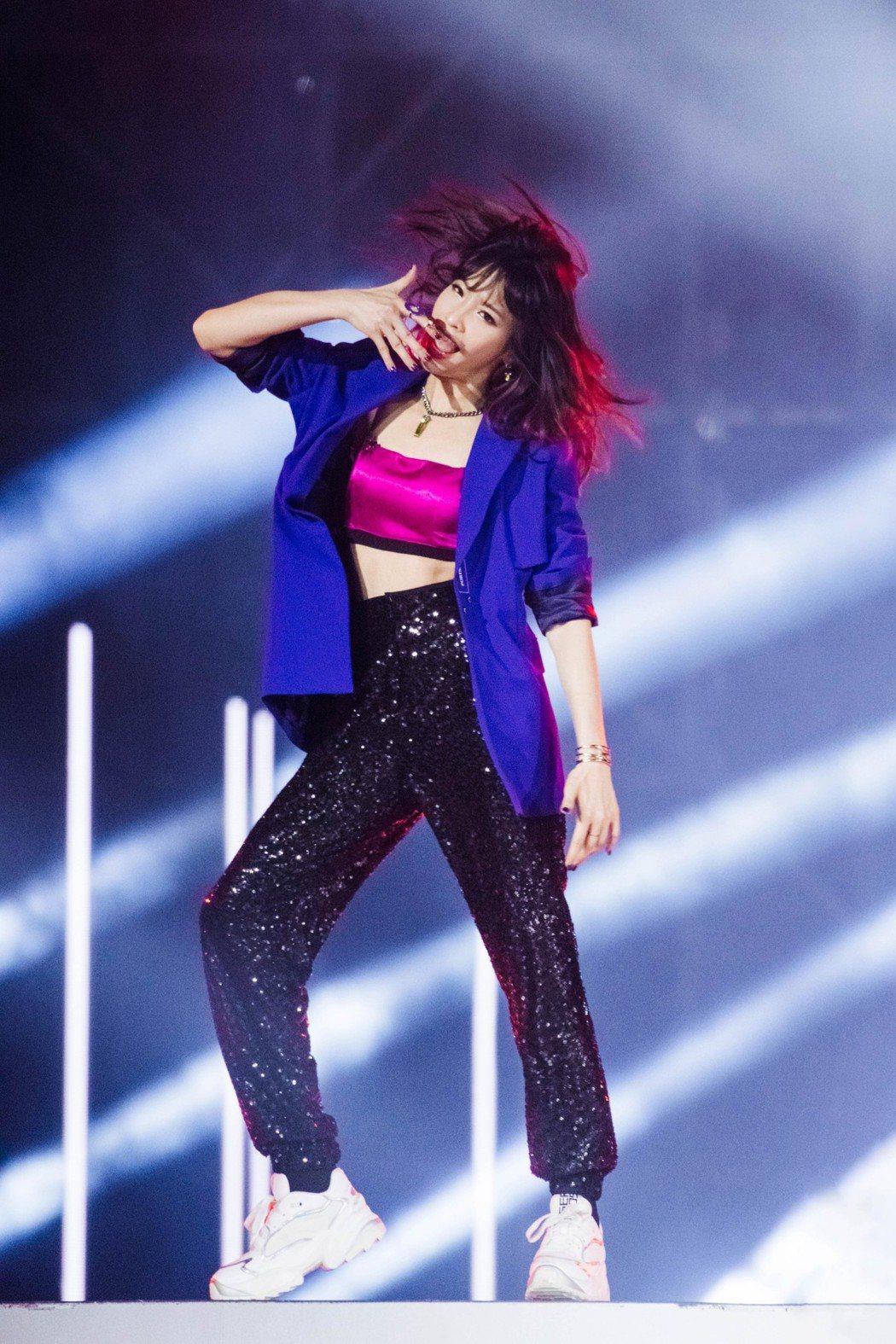袁詠琳因參加大陸選秀節目「乘風破浪的姐姐」知名度大開。圖/杰威爾提供