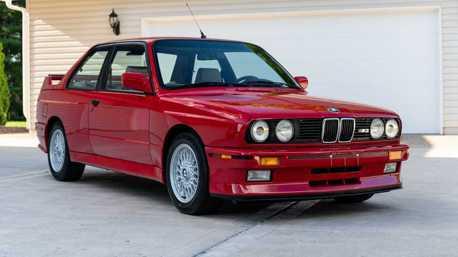 這輛1988年BMW E30 M3真的香 總里程僅有13,000公里!