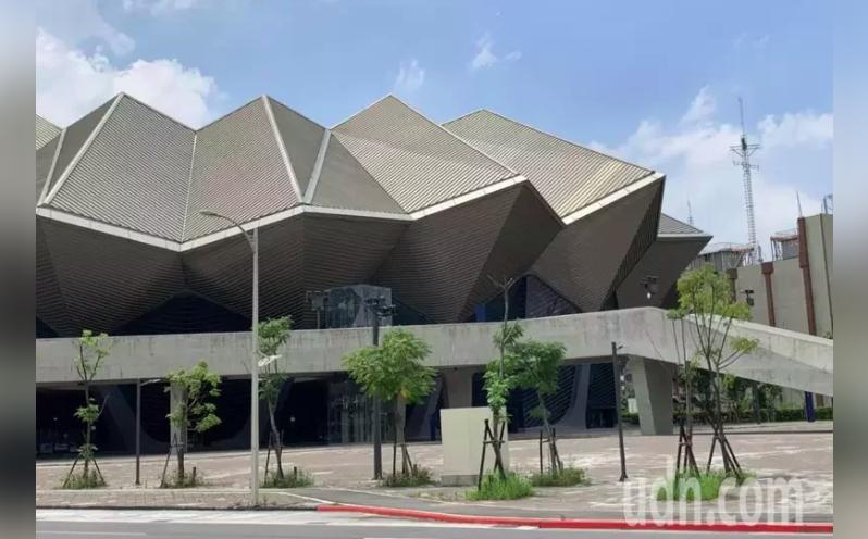 台北流行音樂中心即將在9月5日正式開幕,10月3日金曲獎也將在北流舉辦,卻遭議員質疑工程軟硬體有9大缺失。本報資料照片