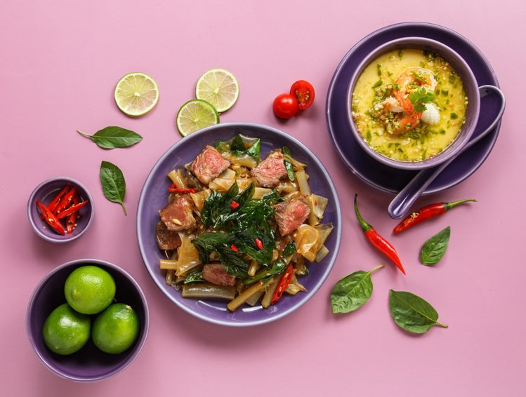 新莊宏匯店限定推出「酸辣海鮮蛋」以及「牛肉粗炒」等兩款料理。圖/金田餐飲提供