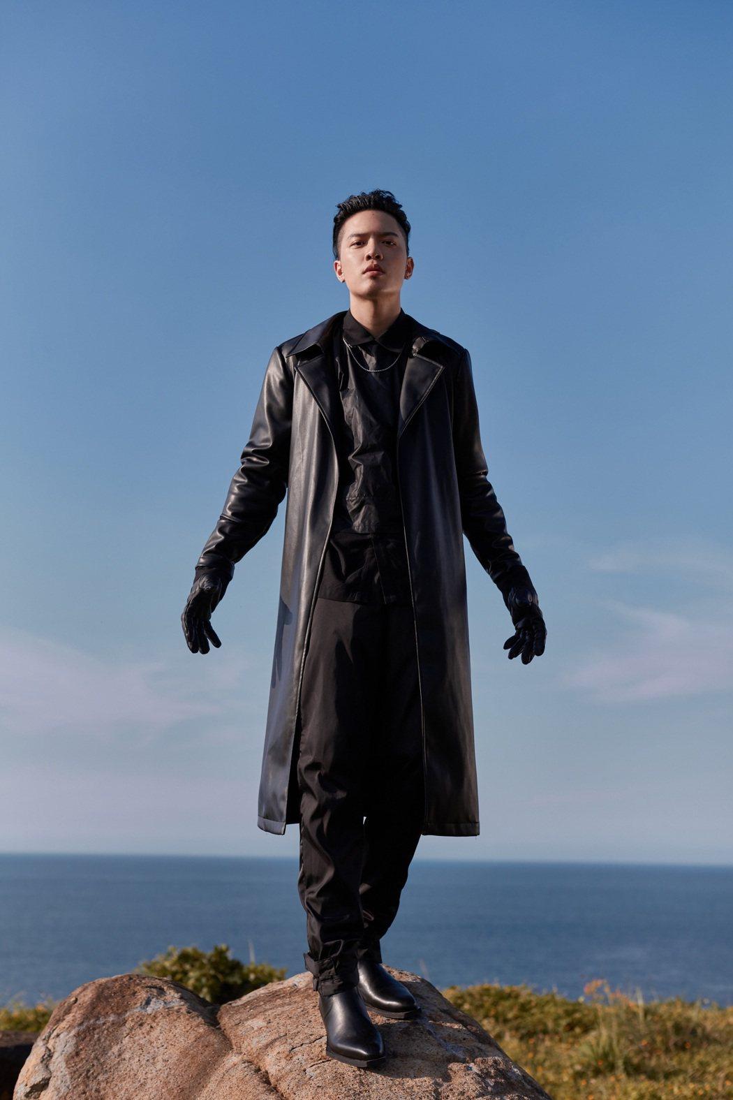J.Sheon即將推出全新創作單曲「愛已死」。圖/索尼音樂提供