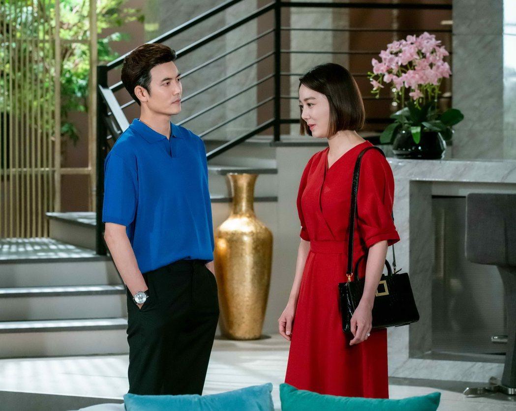 在喜(左)、李昭娟主演「龍王大人請保佑」。圖/八大提供