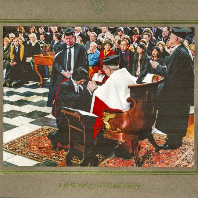 李明璁2005年的劍橋畢業典禮博士授予儀式。圖/李明璁提供
