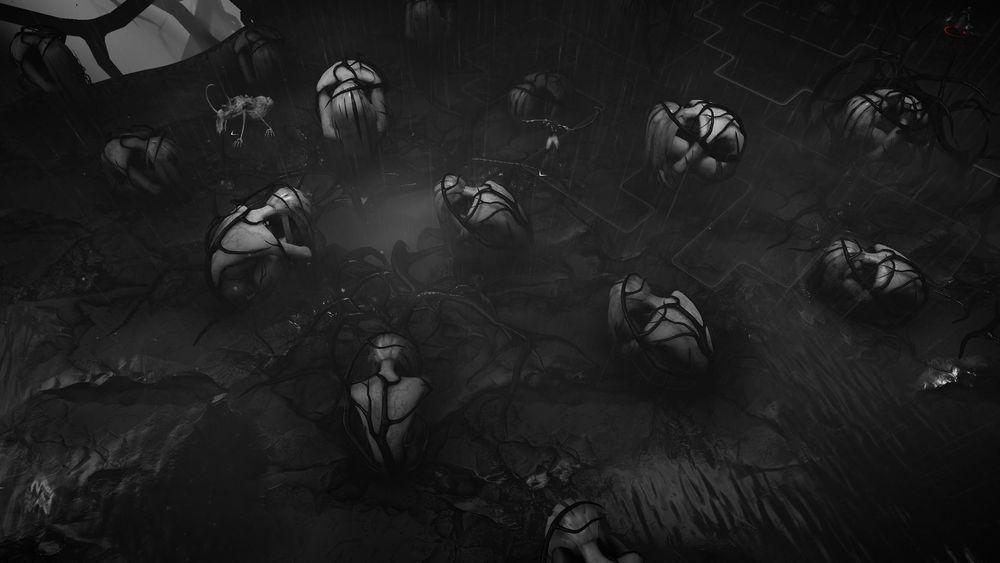 一堆犧牲的女兒被綑綁、深陷的詭異戰場