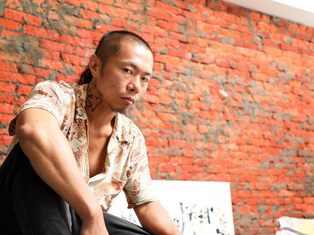 廖小子回想年輕時的一切,他希望自己盡快獨當一面,卻時常無意間造成別人的困擾。 圖...