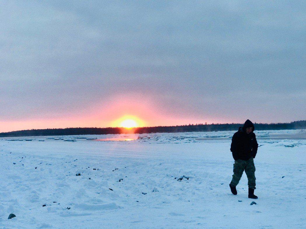 江振誠到西伯利亞拍紀錄片,感受零下72度的料理世界。圖/江振誠提供