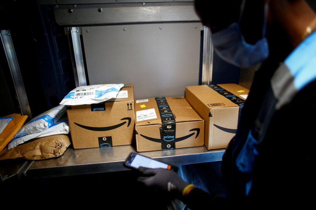 網路商城使人類能跨越縣市,甚至跨越國界購買商品,但他們卻鮮少盡到告知義務,並為搜...