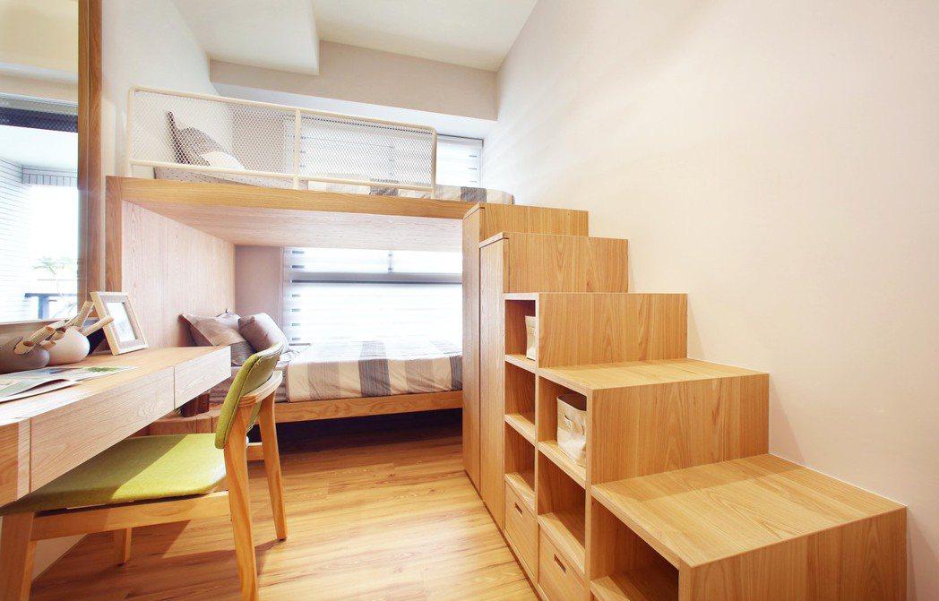 頂級規劃2房、3房、4房,戶戶樓高3.5米從容有餘。圖片提供/三發地產