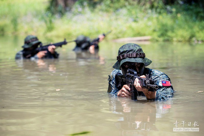 在投下大筆預算加強特戰武力時,國軍高層對於特戰在台海衝突中的作戰想定也需與時俱進。 圖/青年日報