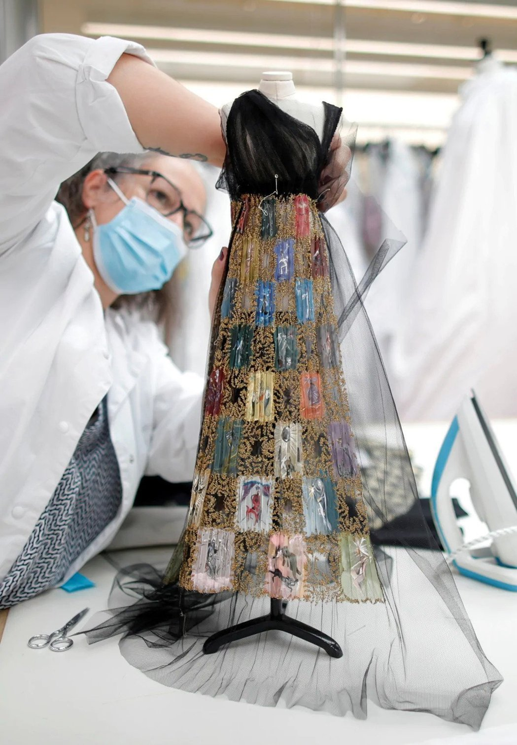 Dior「迷你版」的秋冬高級訂製禮服。路透
