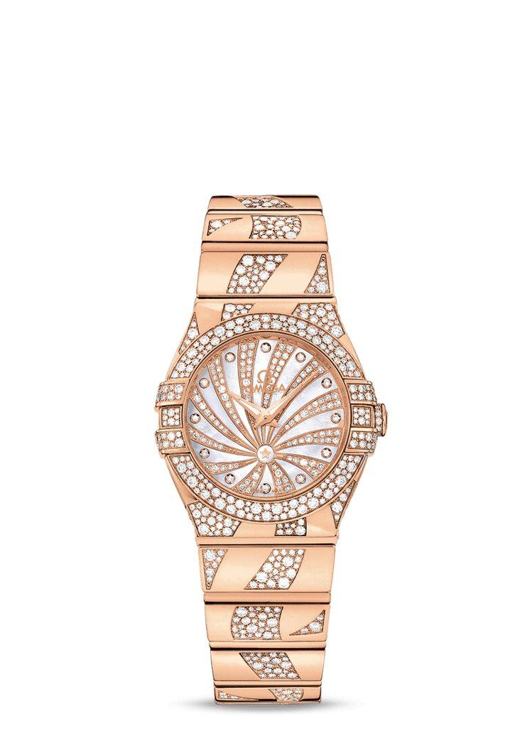 OMEGA,星座系列石英女表,黃K金鑲嵌鑽石,共有24、27兩種尺寸,價格店洽。...