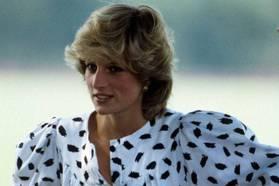 戴安娜王妃那些「甚至為了兒子」打破皇室規則的穿搭和行徑,如何讓她成為永遠的王妃
