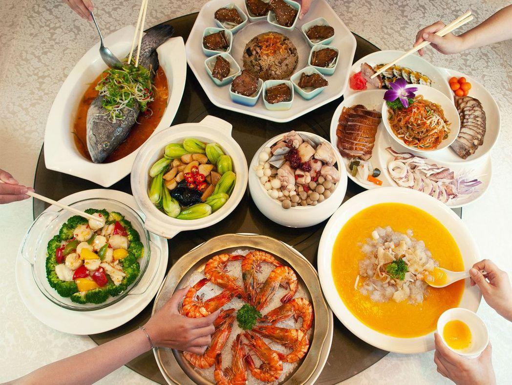 88節就是要巴結爸爸,跟家人一起來聚餐,讓爸爸超驚喜。  台南大飯店 提供