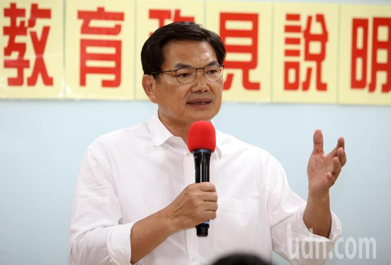 台灣民眾黨高雄市長補選候選人吳益政。記者劉學聖/攝影