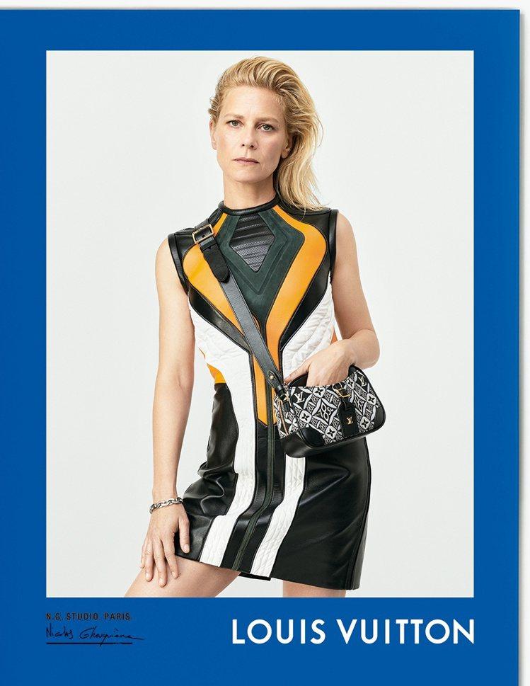 演員瑪莉娜佛伊絲身上穿的服裝正是創意總監Nicolas Ghesquiere最愛...