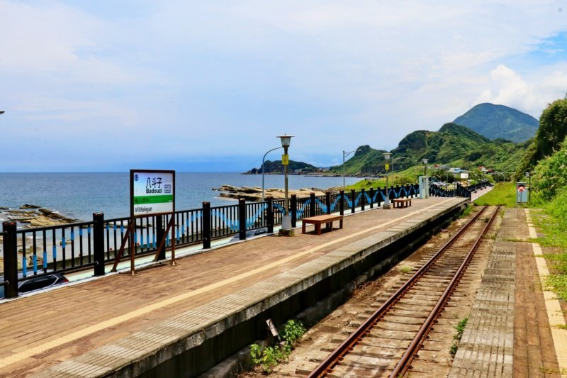 八斗子車站堪稱是北台灣最有特色的車站之一。 圖/陳威任 攝影