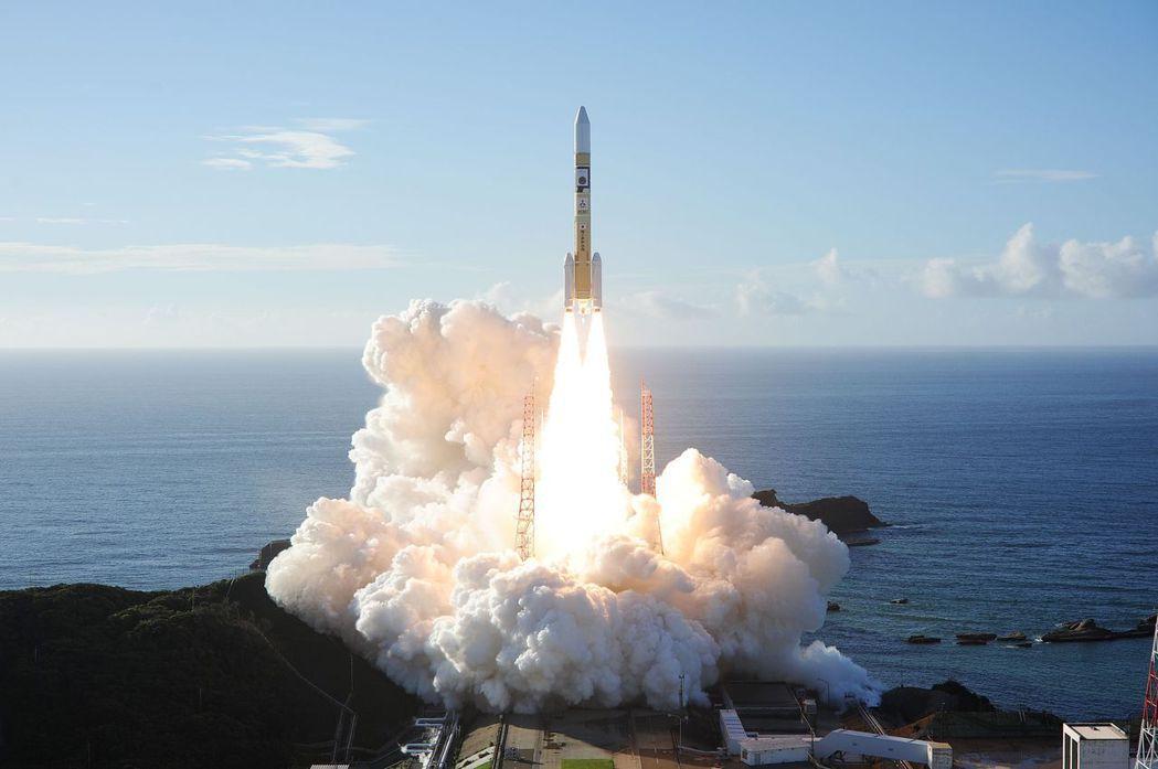 阿拉伯聯合大公國在7月發射名為「阿瑪爾」的太空船,預計將於2021年抵達火星軌道,進行為期兩年的偵測。 圖/法新社