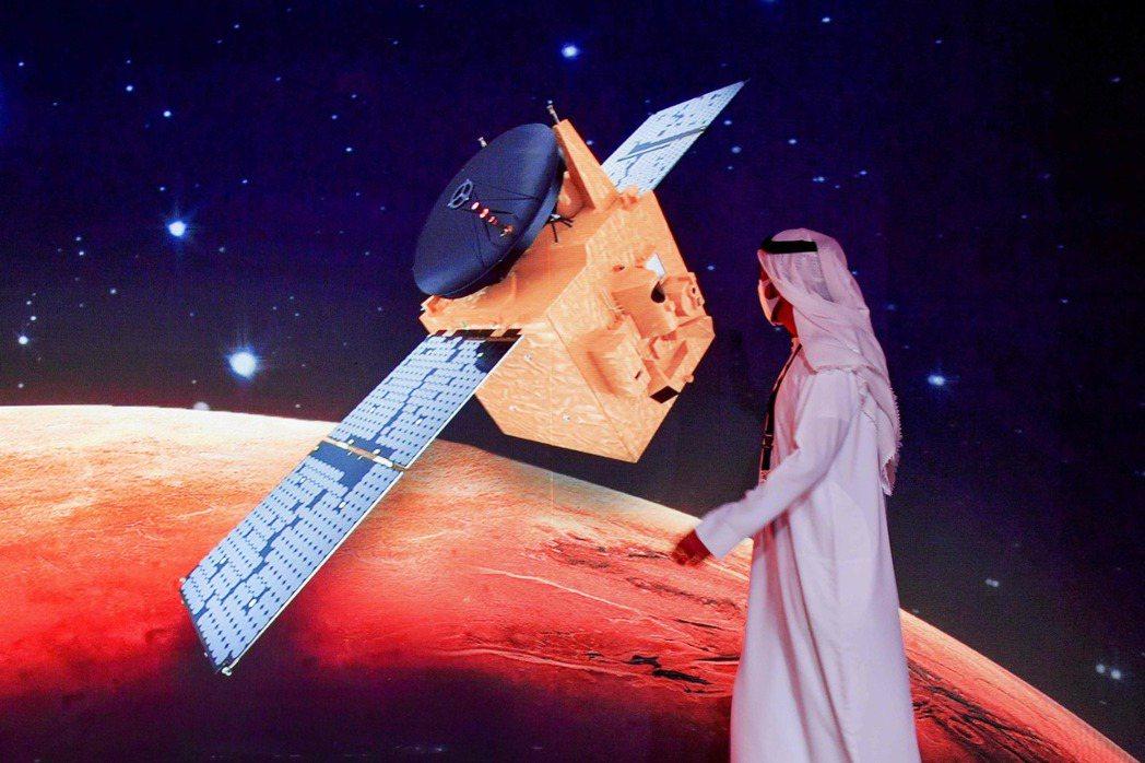 到2117年,大公國的目標是在火星上建立人類社區,若未來地球生態崩潰,還能將伊斯蘭文明延續下去。 圖/法新社