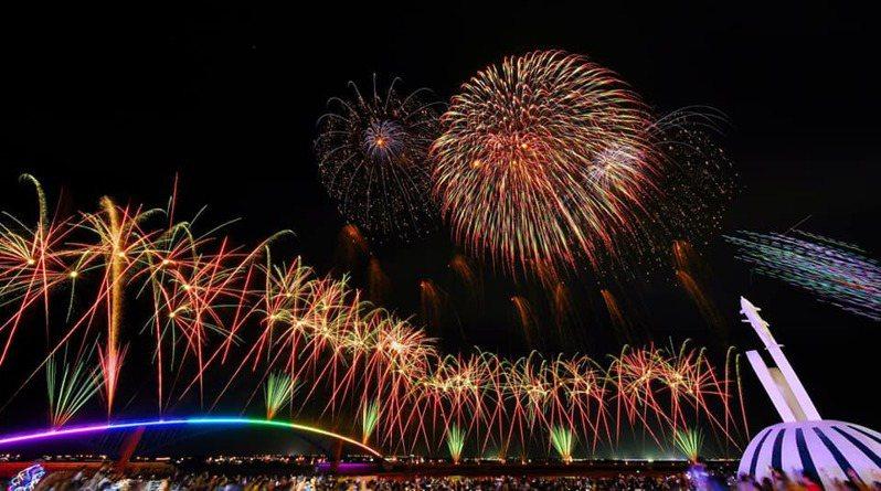 澎湖國際花火節受疫情影響,延至7月開始。 圖/澎湖國際海上花火節臉書粉專