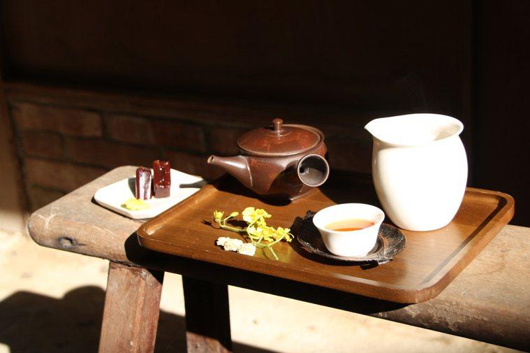 桃園大溪新南老街上的蘭室為百年歷史老房,可品茶導覽古蹟建築。 圖/潘世芬提供