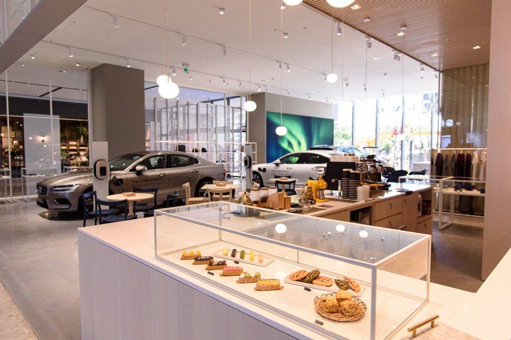 國際富豪汽車攜手與凱銳汽車斥資千萬所打造的 DTS 多功能城市展間,整體設計取材...
