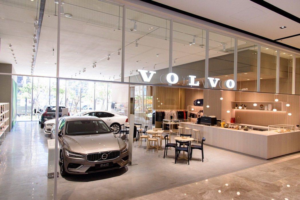 國際富豪汽車今日宣布全新 DTS 概念之凱銳汽車新莊「城市展間」正式開幕,歡迎舊...
