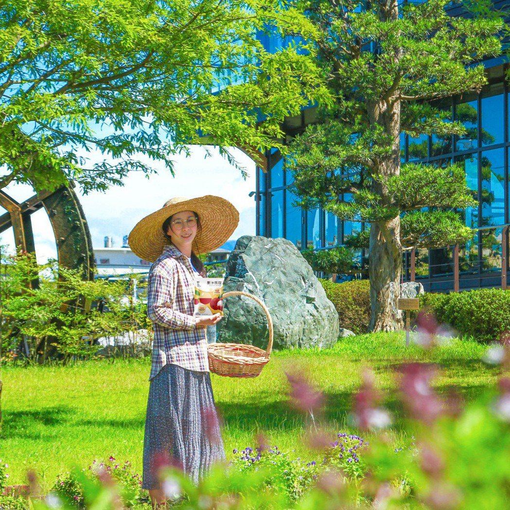 棗稻田為致力於發揚地方物產並維護自然環境之社會農企業,採用有機農法培植農作,並大...