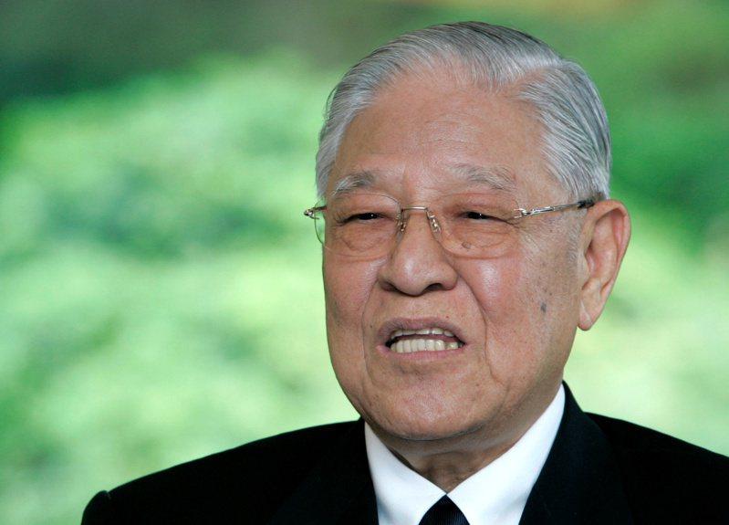 前總統李登輝於7月30日晚間7時24分,病逝於台北榮民總醫院,享耆壽98歲。 路透社