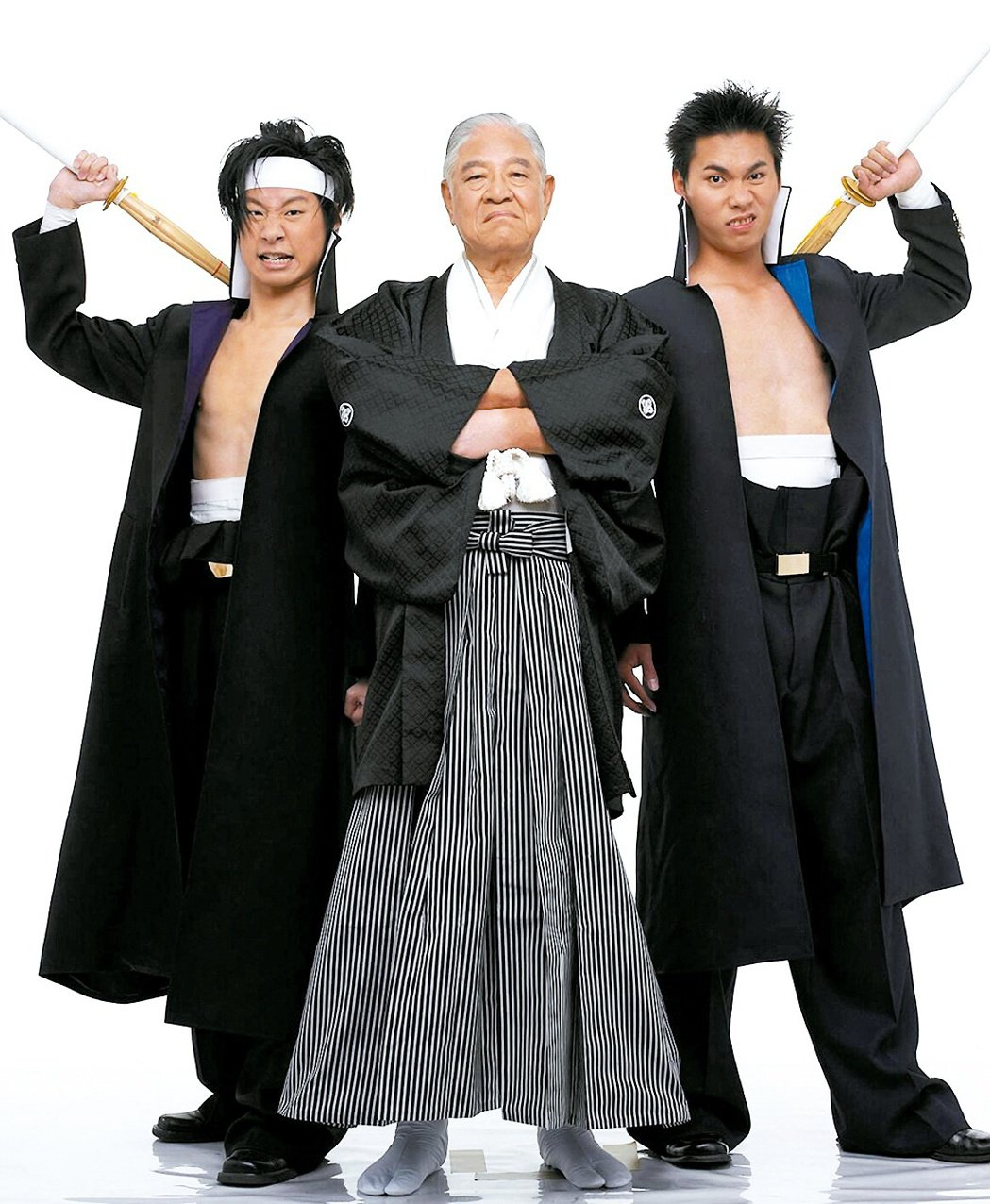 「我是李塾塾長李登輝!」2004年Freddy林昶佐(左一)成立以李登輝為主題的...