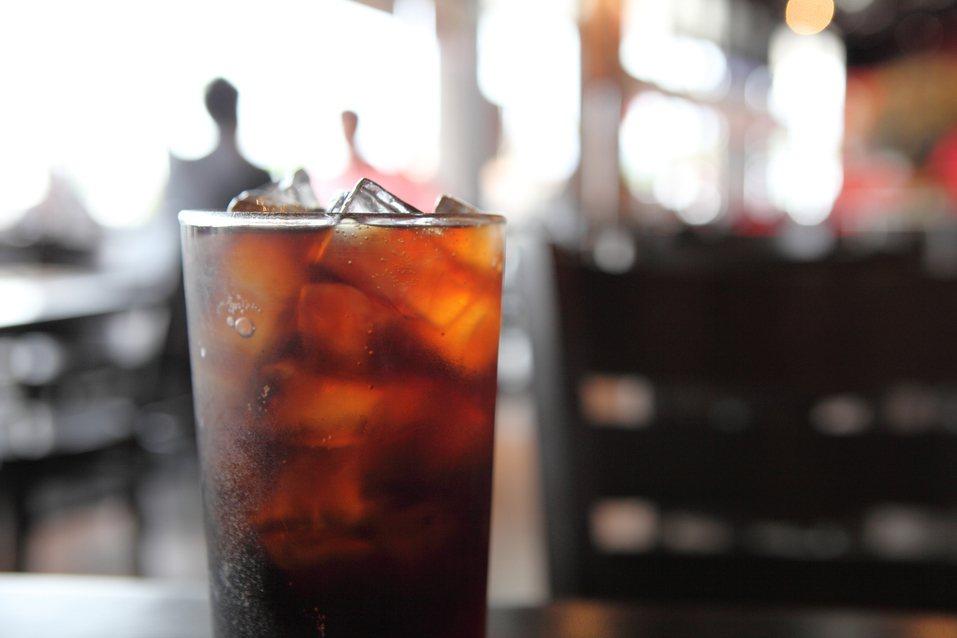 你也是可樂開了常喝不完嗎?圖/ingimage