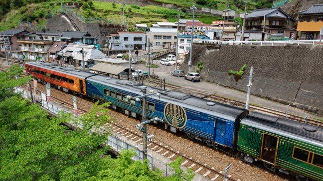 列車外觀設計,意在表現「日本的姿態」與「四季的推移」。 圖/梁旅珠提供