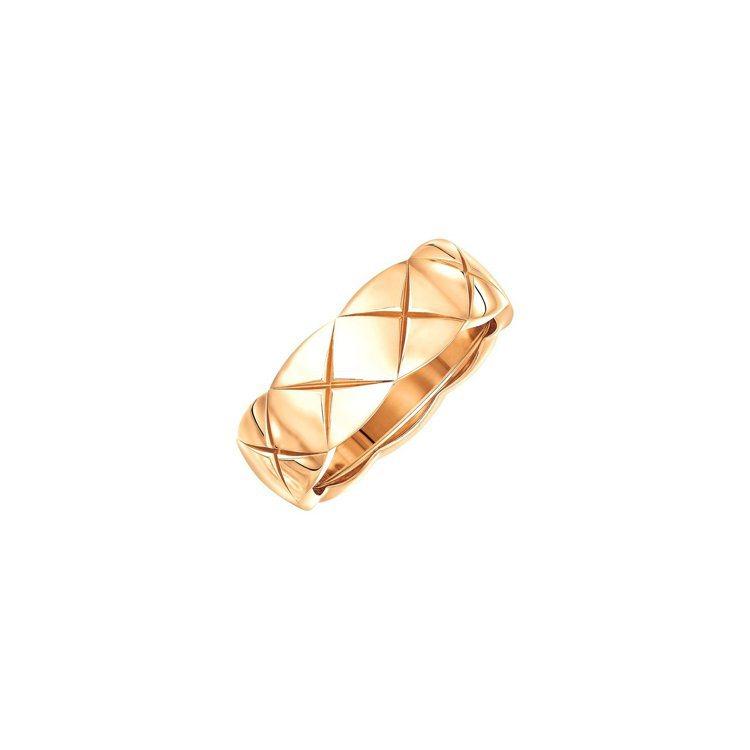香奈兒COCO CRUSH戒指18K Beige米色金小型款,78,000元。圖...