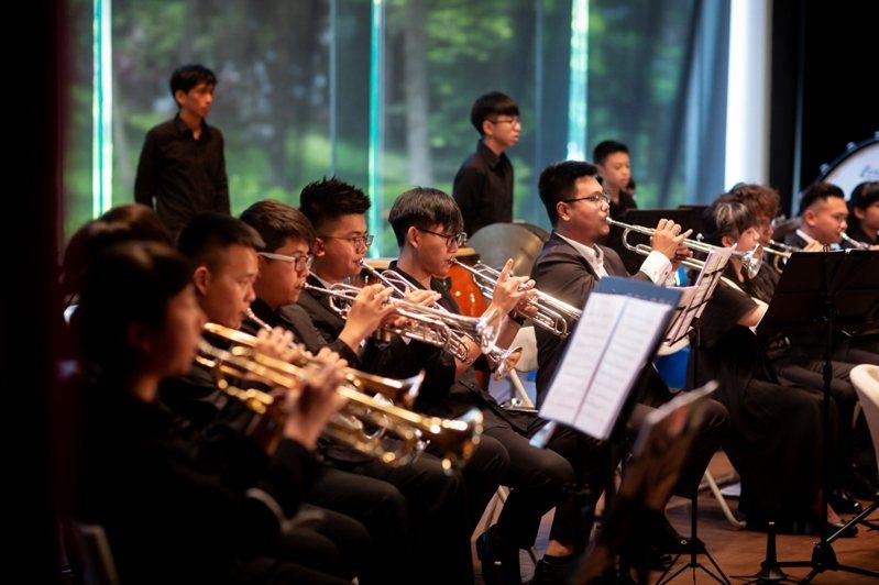 暑假何處去?宜蘭縣立蘭陽博物館今天宣布,「2020蘭博四季音樂節」要登場,主題為「夏季世界曲」,8月的每周六開演,演出團體包括宜蘭青年管樂團等。圖/宜蘭縣立蘭陽博物館提供