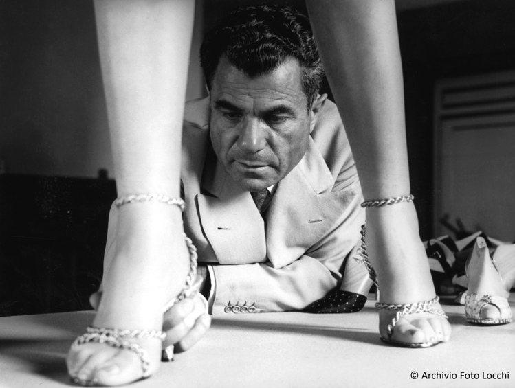 Salvatore Ferragamo先生是好萊塢明星御用的鞋履設計師。圖/Sa...