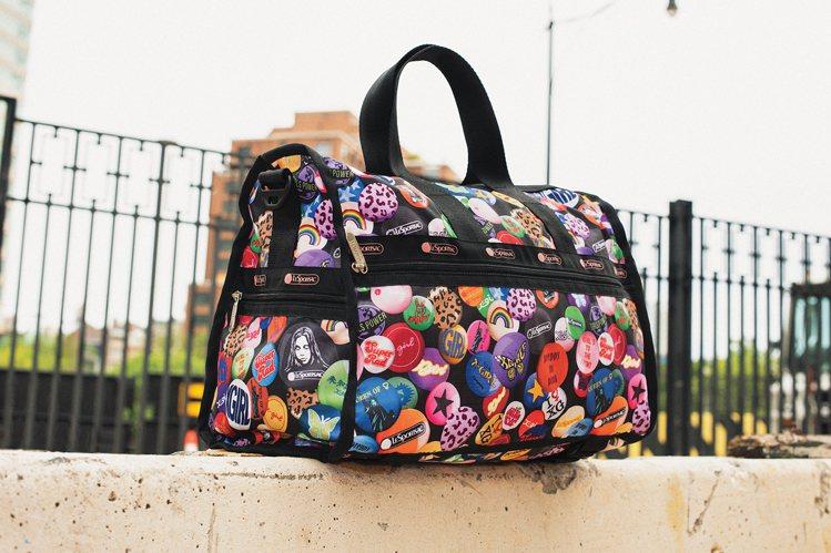 滑板女孩中型假期旅行袋,6,650元。圖/LeSportsac提供