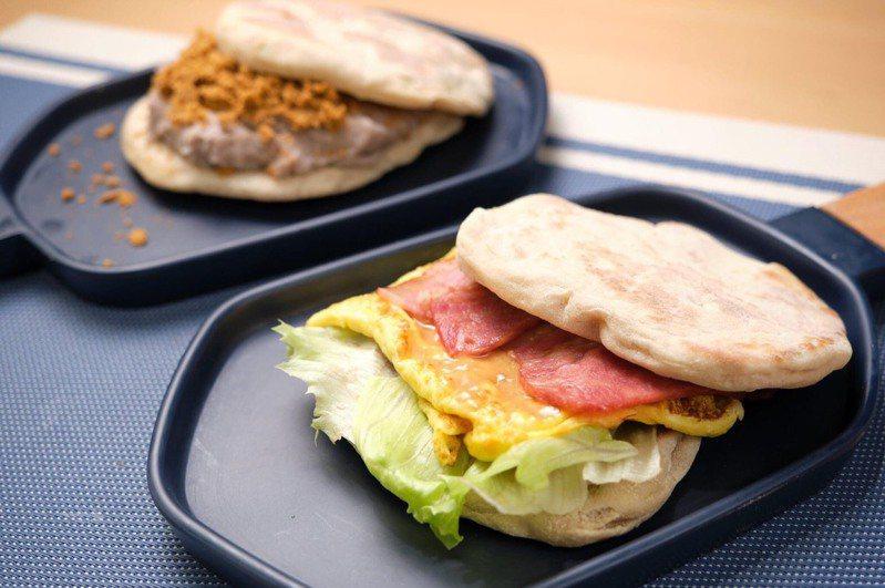 享噹初結合新竹在地的水潤餅與新福源花生醬,創新推出水潤餅漢堡。圖/享噹初提供