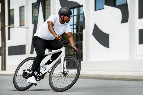 從台灣出發!Gogoro宣布EEYO 1智慧電動單車導入美國市場販售