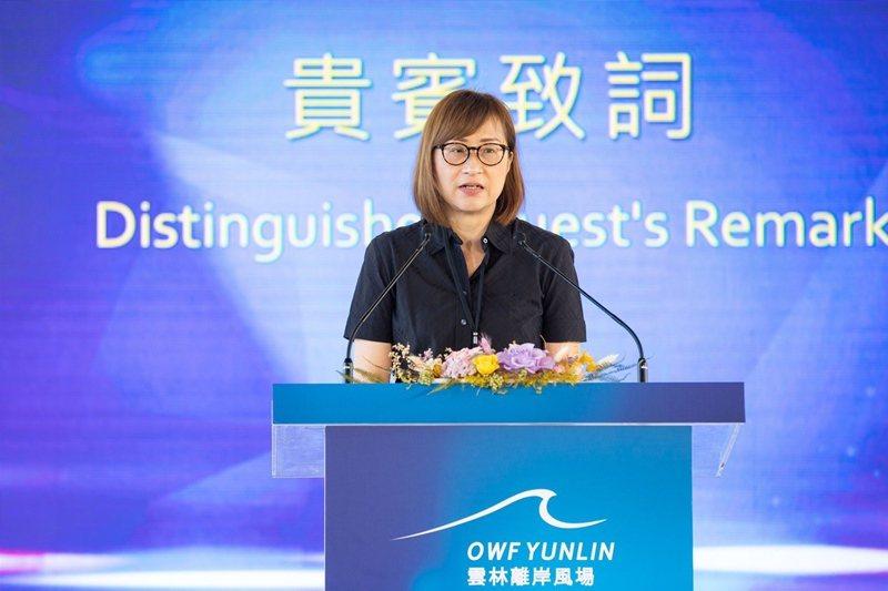 達德能源董事長王雲怡 感謝合作夥伴們的努力,首批國產水下基礎轉接段超前交貨。