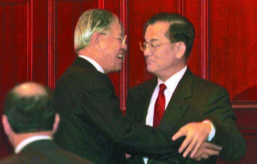 1996年首次總統直選,李登輝選擇連戰當搭檔 。圖/聯合報系資料照片